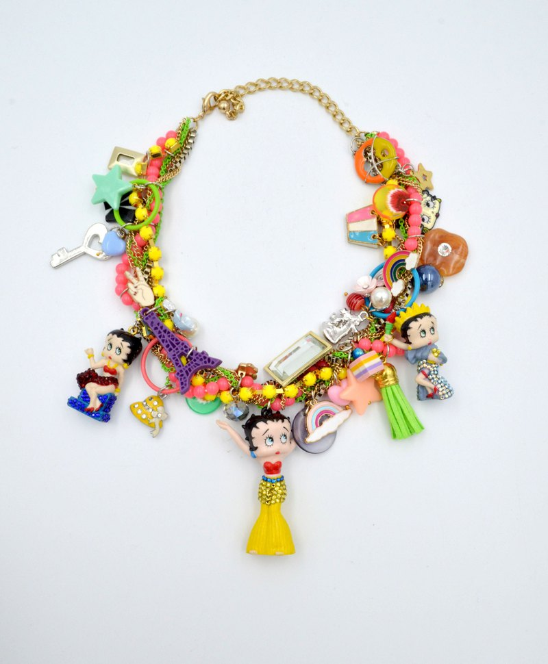 BETTY colorful colorful doll necklace unique antique doll made of gold-plated chain