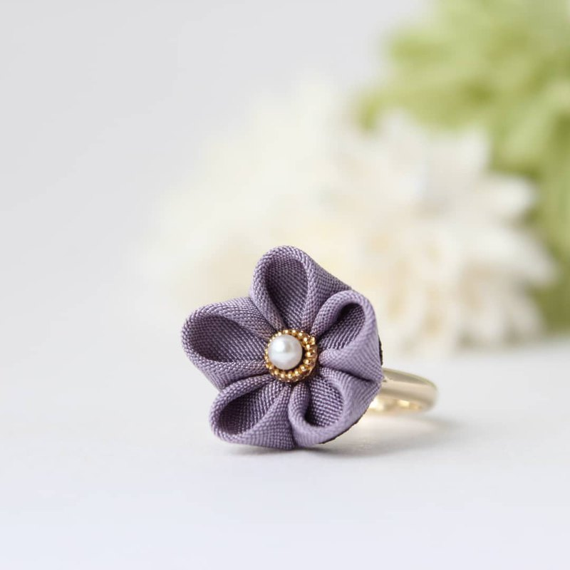Kanzashi flower ring purple