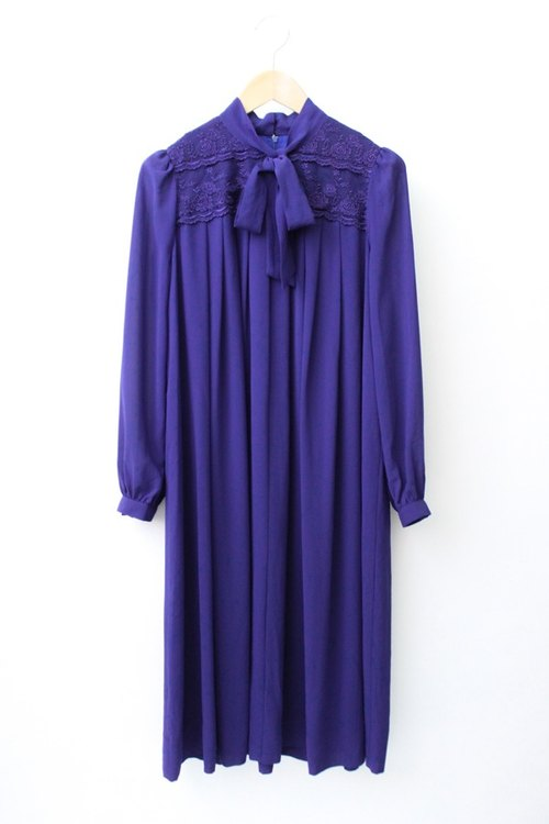 [Autumn] RE0921D901 wide Song Leisi bow tie purple long-sleeved vintage dress