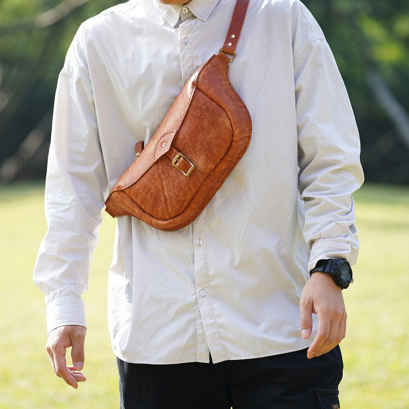 [Tangent Pie] Retro Brown Large Hand-stitched Vegetable Tanned Cowhide Leather Chest Bag Shoulder Messenger Simple Shoulder Bag