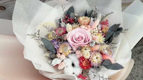 Diana and real flowers dried flowers immortalized || spring flower bouquet for Mother's Day bouquet