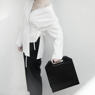 Maxi Kontur - large minimalist structured leather bag