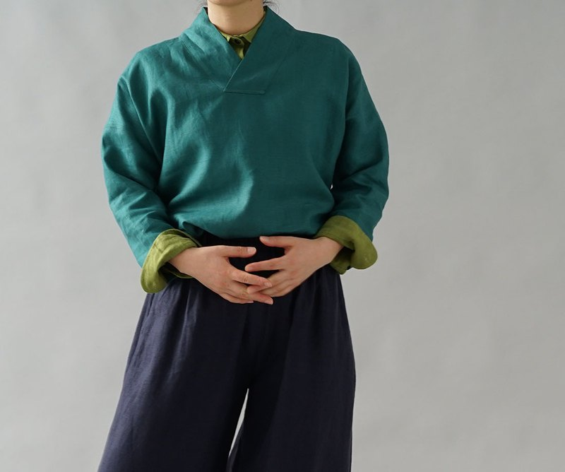 wafu  Linen tops / long sleeve / kimono collar / green  a84-11