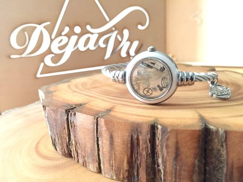 SOLD OUT] [Steampunk Collection of antique watch mechanical parts dried flowers bracelet