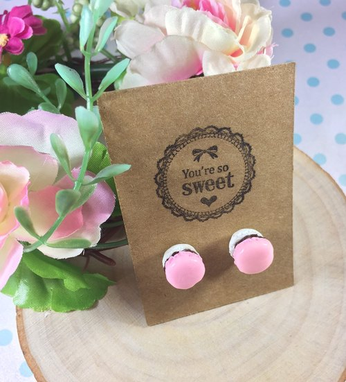 sweet strawberry milk chocolate color needle stainless steel sandwich Macaron Earrings