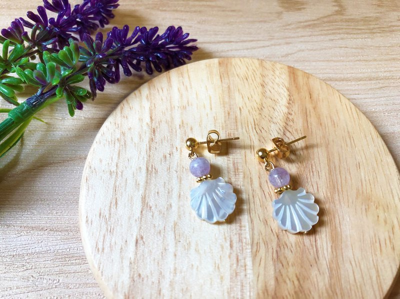 Anniewhere | Skirt shake | White shellfish earrings (can be clipped sterling silver)