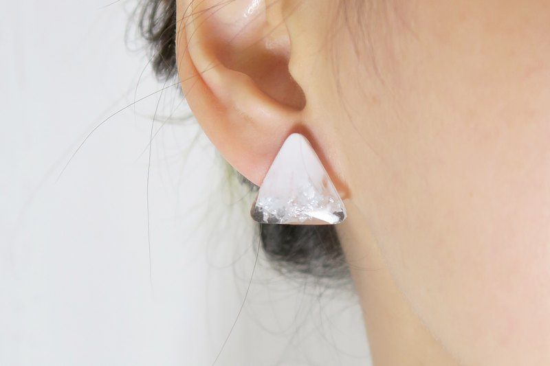 OUD Original. Handmade Geometric-Silver Snow White Triangle Earring/Clip-on