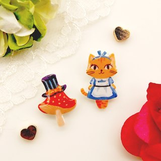 Catty in Wonderland hand-made Alice Cats mushroom earrings (2 models for a set) - can change the folder