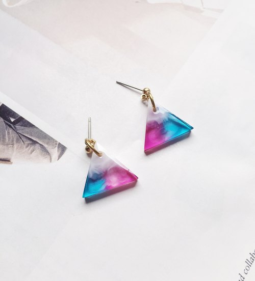 La Don - Triangle Purple Blue Green White 02 Ear Pins / Ear Clips
