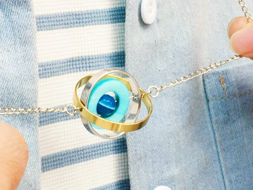 Planet agate shell stone brass necklace