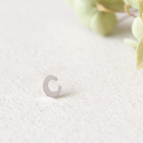 Initial C Single Earrings ピアス Silver925