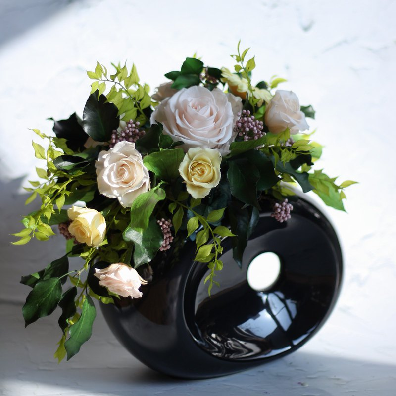Immortal flower table flower pot flower / Spring is full of table flowers / custom eternal flower gift