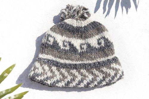 Christmas gift emergency gift exchange gifts limited a hand-woven wool hat / knitted wool cap / inner bristles hand-woven wool cap / wool cap / hand-knit hat - desert border travel Eastern Europe Wave Totem