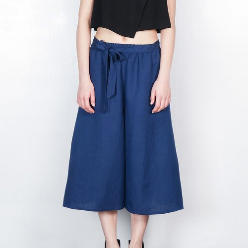 On the side of the ankle strap wide pants ultramarine