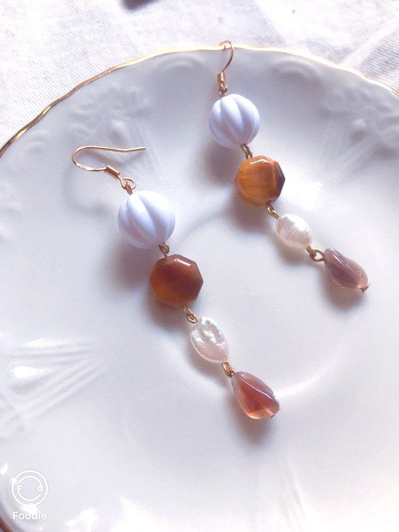 Candy and afternoon tea drooping earrings