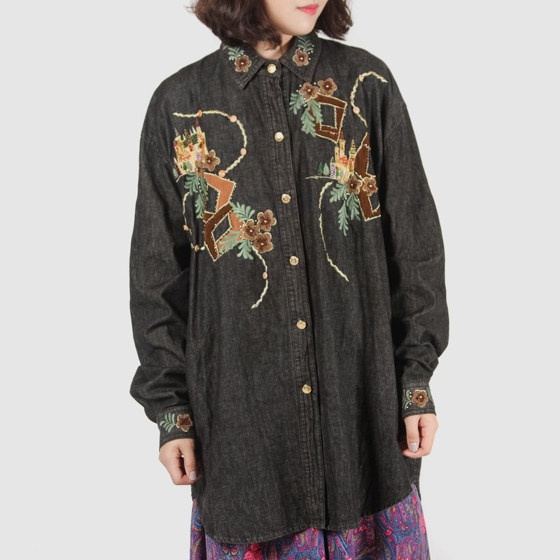 [Egg Plant Vintage] Huaxiang Castle Embroidered Beads Vintage Denim Shirt