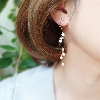 Small pearl shakes Earrings