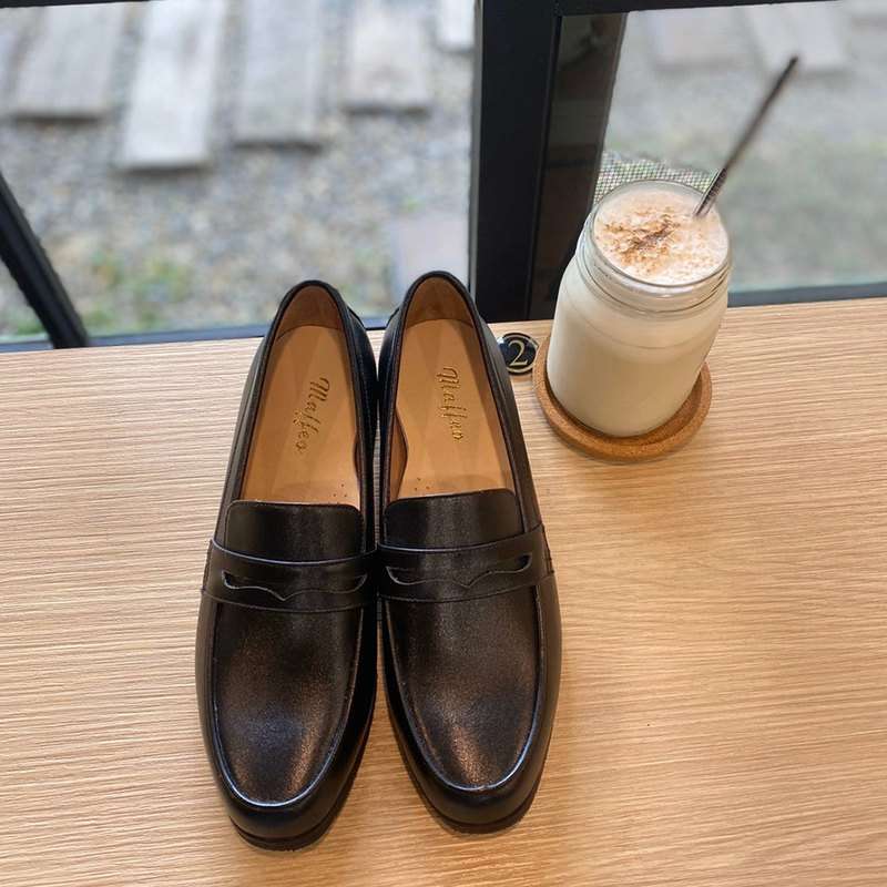 Leather square toe loafers black