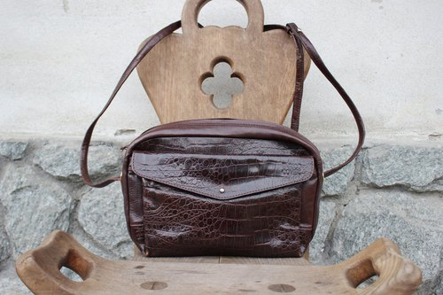(Vintage leather bag) (Italian standard) EMRICO COVERI brown shoulder bag Made in Italy B203 (birthday gift Valentine's Day gift)