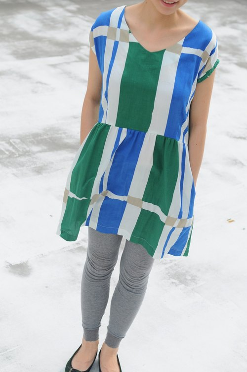 Par - green and blue geometric Japan padded material / waist dress / only one / Thank you exclusive