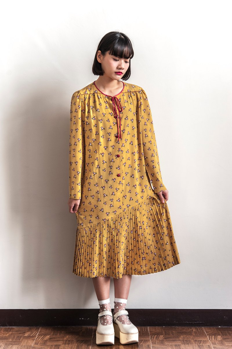 Vintage mustard yellow owl vintage long-sleeved dress