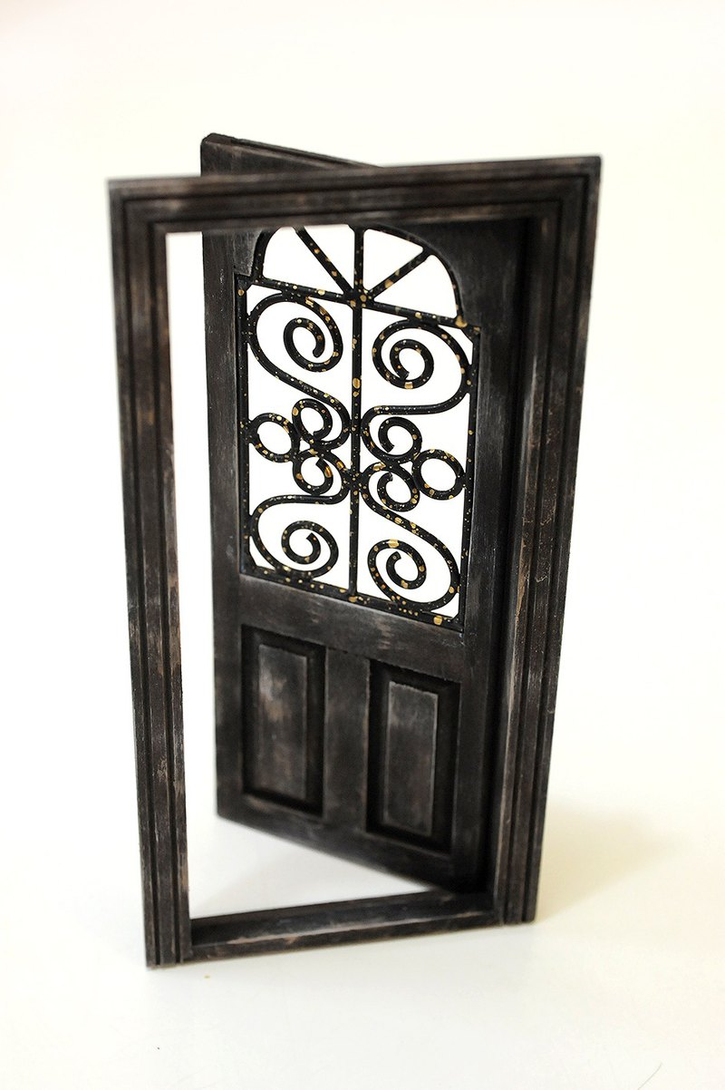 1:12 pocket. Model. Miniature. European ironwood door (1)