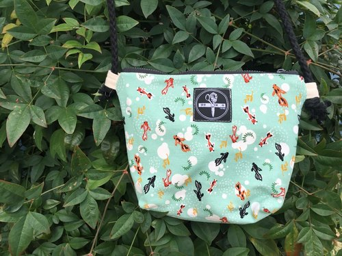 toutoubags / small square shoulder bag-goldfish(tiffany green)