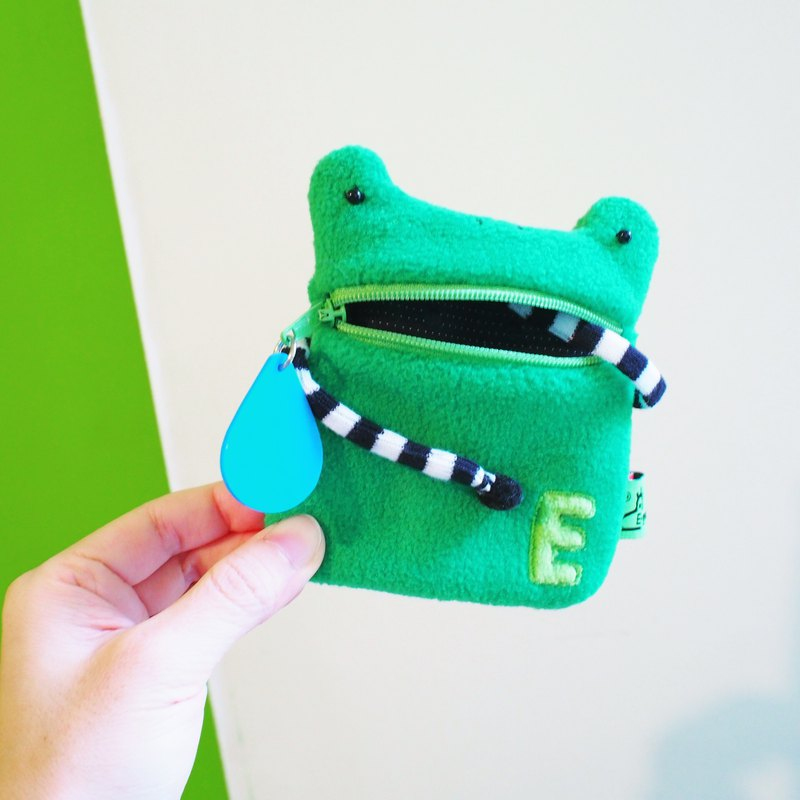 Saliva coin purse A frog grass green frog gift