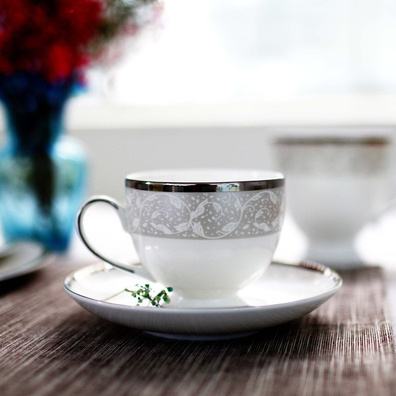 Snow curtain silver bone china coffee cup and saucer