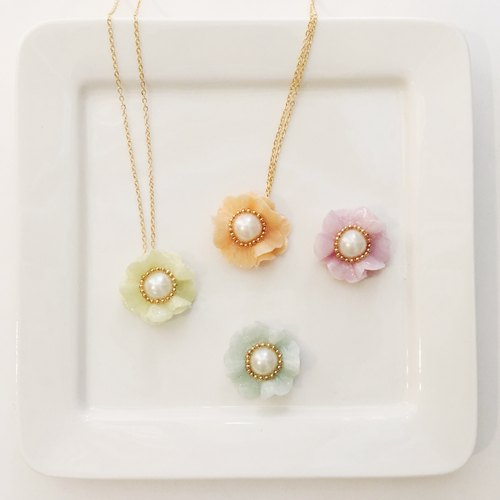 Flowers pearl necklace / customized / gold chain / purple / orange / yellow and green / blue and green