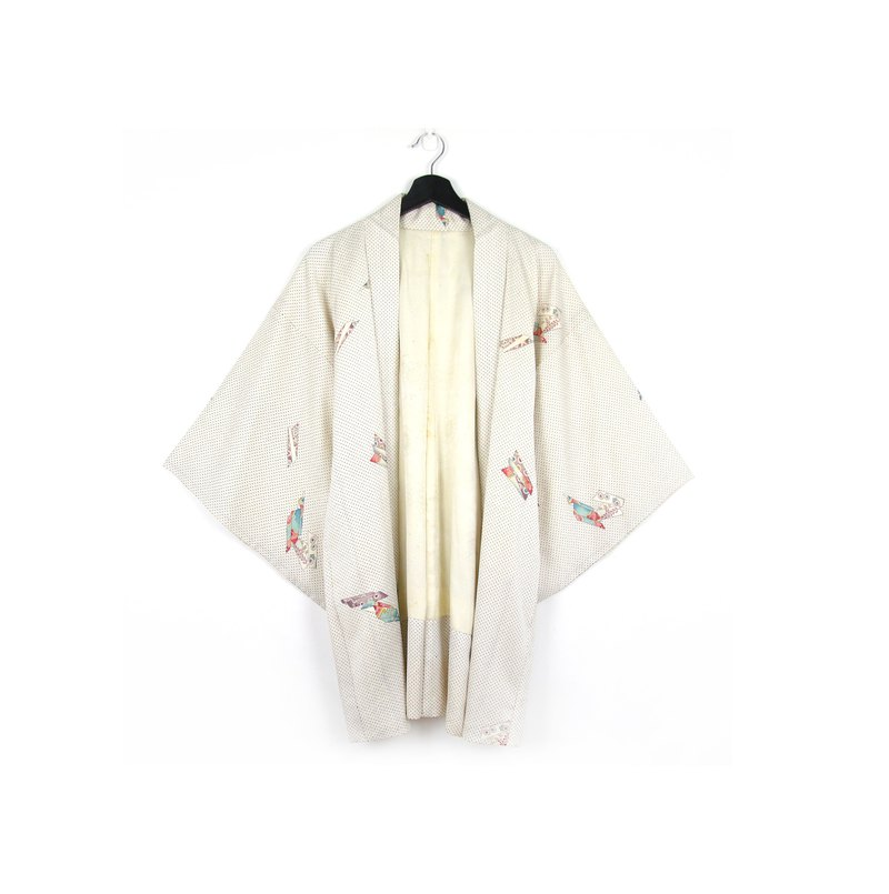 Back to Green-Japan brought back feather weaving ivory white illustration / vintage kimono