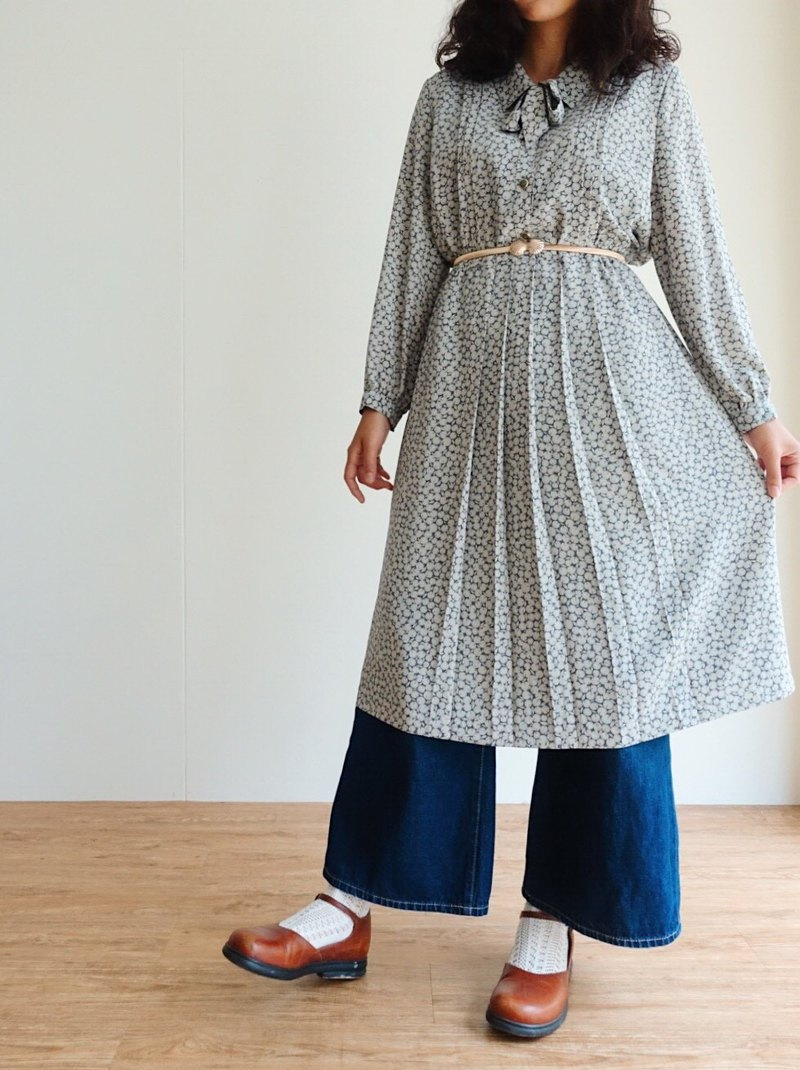 Vintage / Long Sleeve Dress no.59
