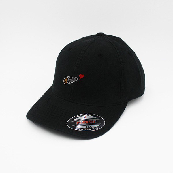 Noobie × Plenty joint embroidery hat _Shoot for loves (black)