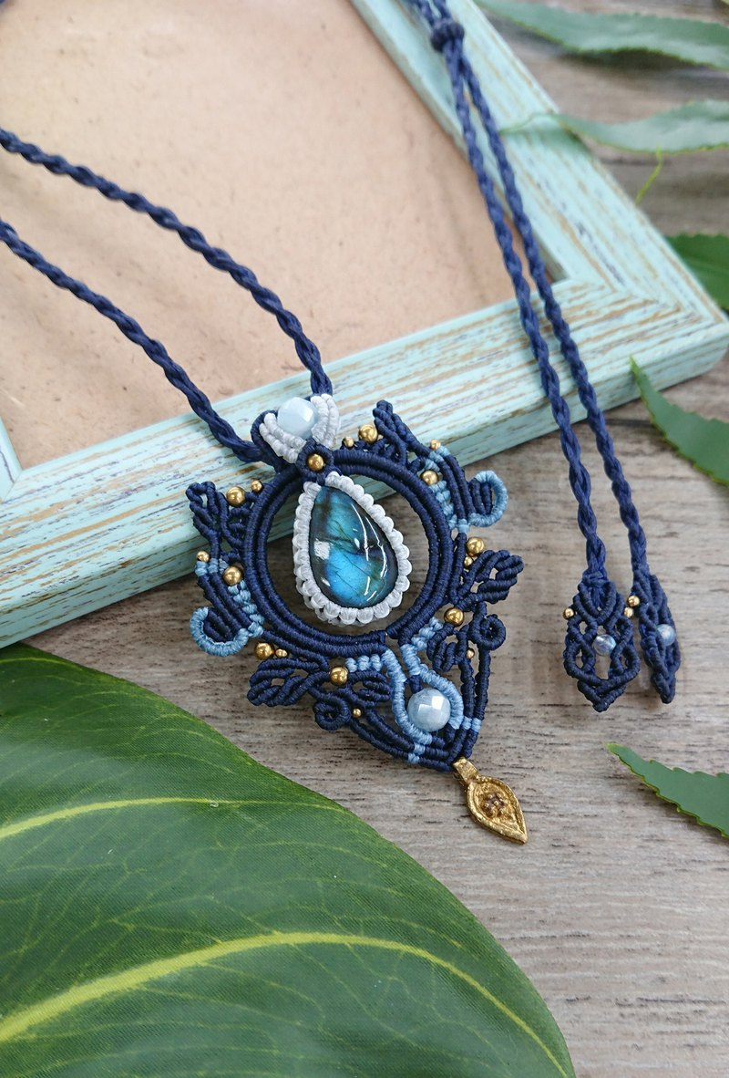 P98 Bohemian National Wind South American Wax Line Braided Labradorite Morgan Stone Brass Bead Necklace