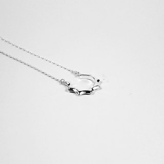Bibi interest carefully selected series - pointed C sterling silver necklace (mail free)