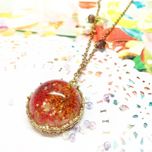 Fireworks star child necklace (autumn maple leaf color)