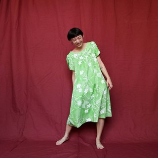 Pumpkin Vintage. Ancient round neck print Hawaiian dress