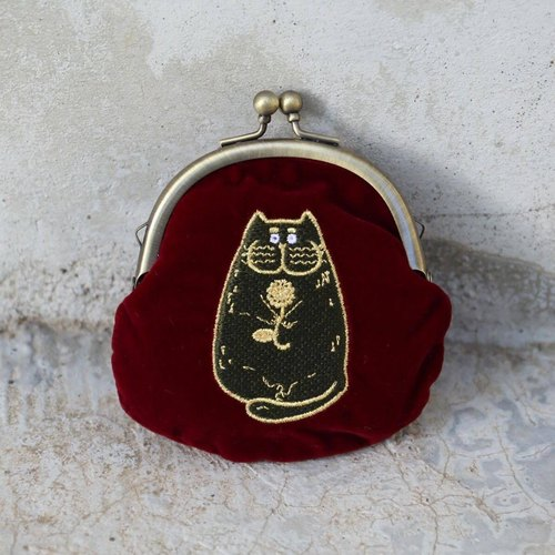 Jeep cat red wine Vintage purse mouth gold package