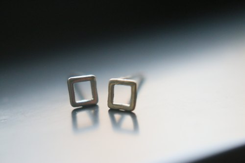 Silver earring 0975(square)
