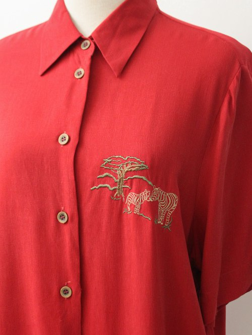 Retro Cute Animal Embroidery Red Short Sleeve 90s Vintage Vintage European Blouse