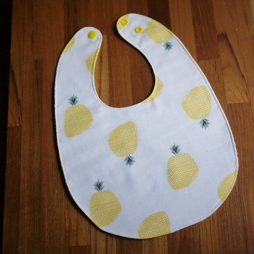 Limited Edition = hand-made double-sided bib = double yarn bib = passion pineapple