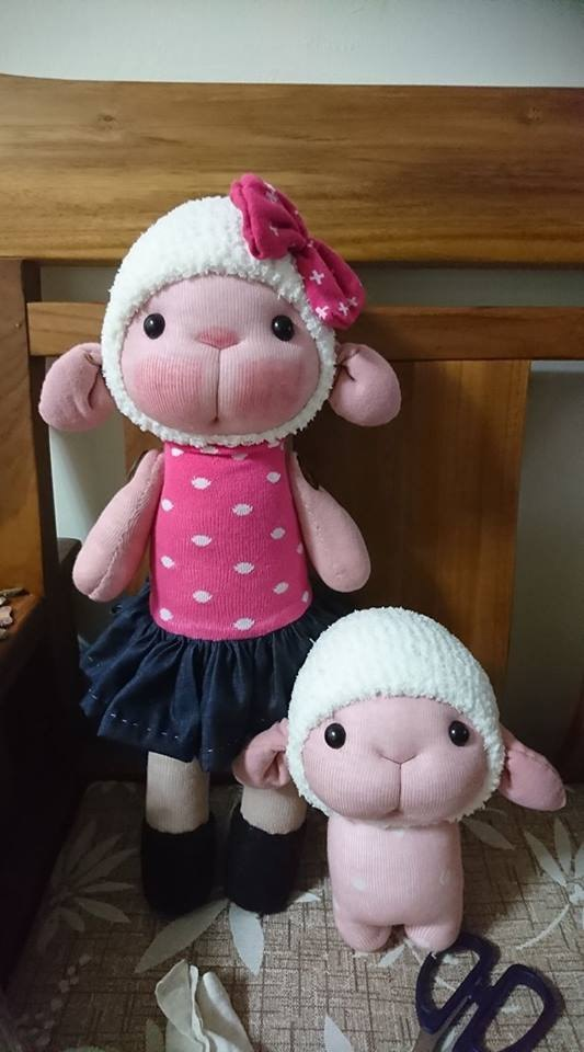 彤彤 sheep larger version ~ Martin socks doll