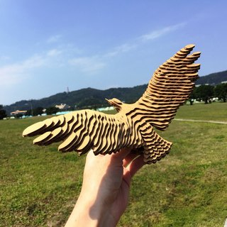 Contamo Handmade Model Wildlife Series - Eagle