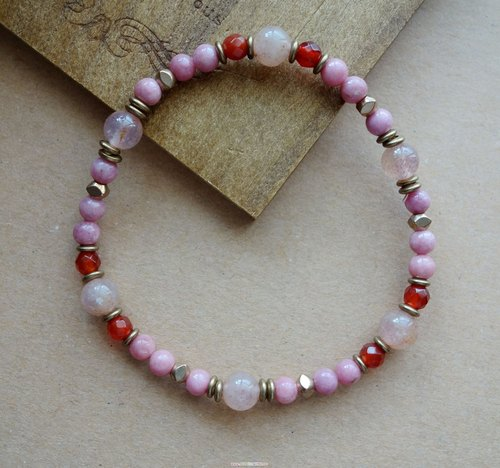 ~ Rice + bear ~ pink beauty rose stone strawberry crystal brass & natural stone bracelet / bracelet