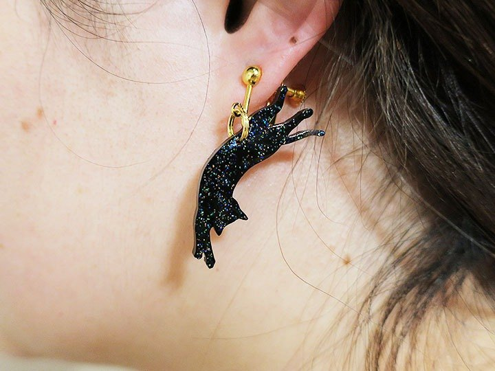 Glitter cat earrings