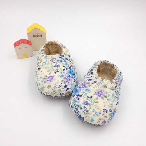 HBS handmade doll shoes - blue bellflower