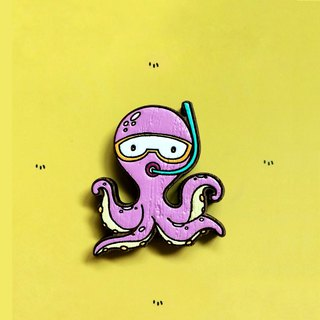Wooden Brooch Giant Octopus Diving