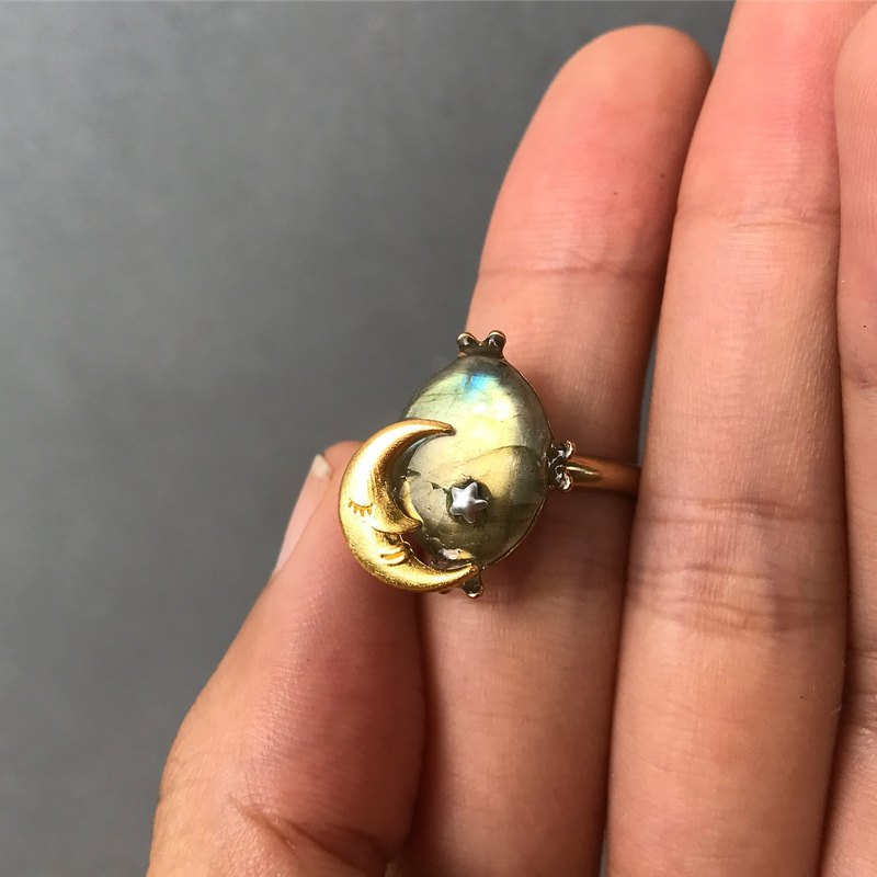 [Lost and find] simple natural stone yellow light labradorite moon ring
