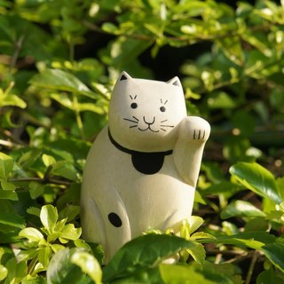 Small things} no small wooden animal: Lucky cat _ healing wood products