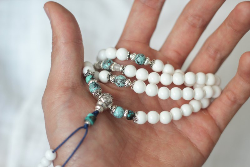 White mussel turquoise 108 rosary